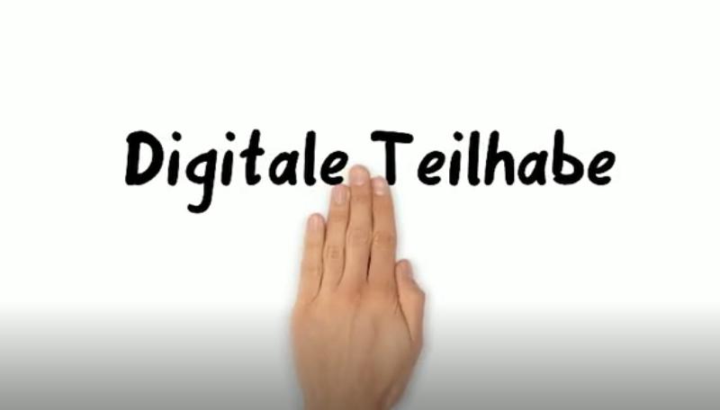 Auf einem weißem Hintergrund liegt eine Hand und darüber steht: Digitale Teilhabe.