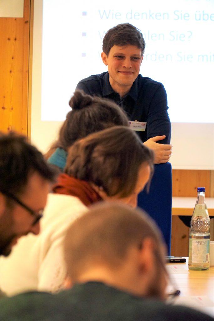 Fabian Wörz bei einem Workshop.